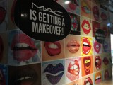 Lips Wall Wrap
